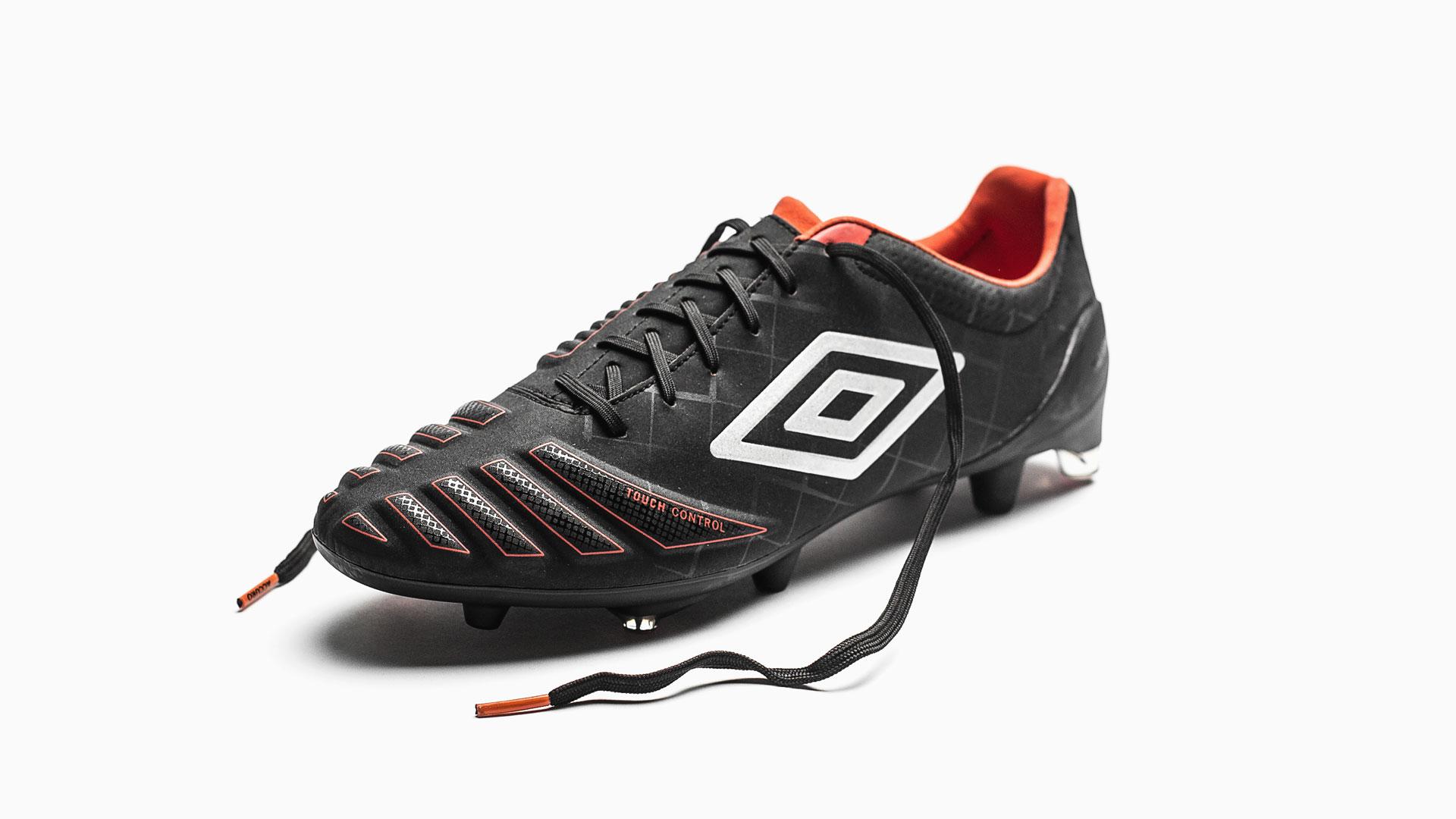 eaa6677da Umbro UX-Accuro | Volky Football Boots