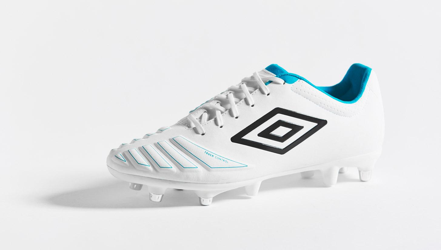 3ee326a2a Umbro UX Accuro (White/Black/Bluebird) | Volky Football Boots