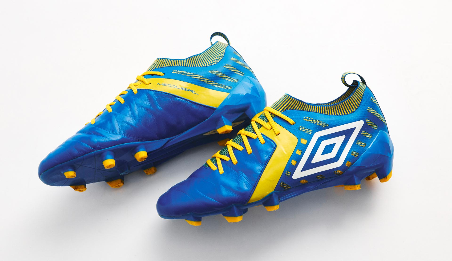 159687e28 Umbro Medusae II Elite (Electric Blue/Blazing Yellow) | Volky Football Boots