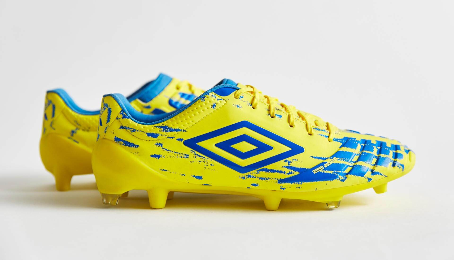 8101a4bcf Umbro UX Accuro Pro (Blazing Yellow/Electric Blue) | Volky Football Boots