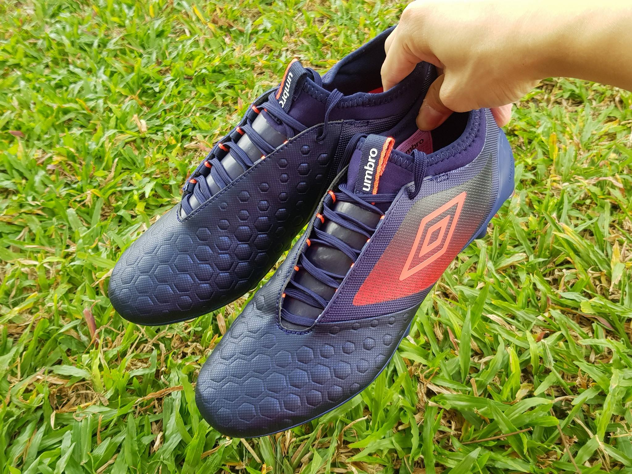 00b9b77fc Umbro UX-Accuro 2 Pro Review by VolkyFootballBoots | Volky Football Boots